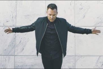 Matthew West Goes 'All In' with Special Version of Latest Chart-Topping Album